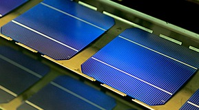 Crystalline Silicon Solar Cells on display during manufacturing process. Image courtesy of Bosch Solar Energy AG.